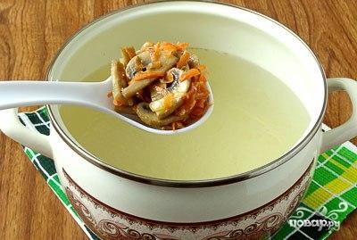 Гречневый суп с картофельными клецками - фото шаг 4