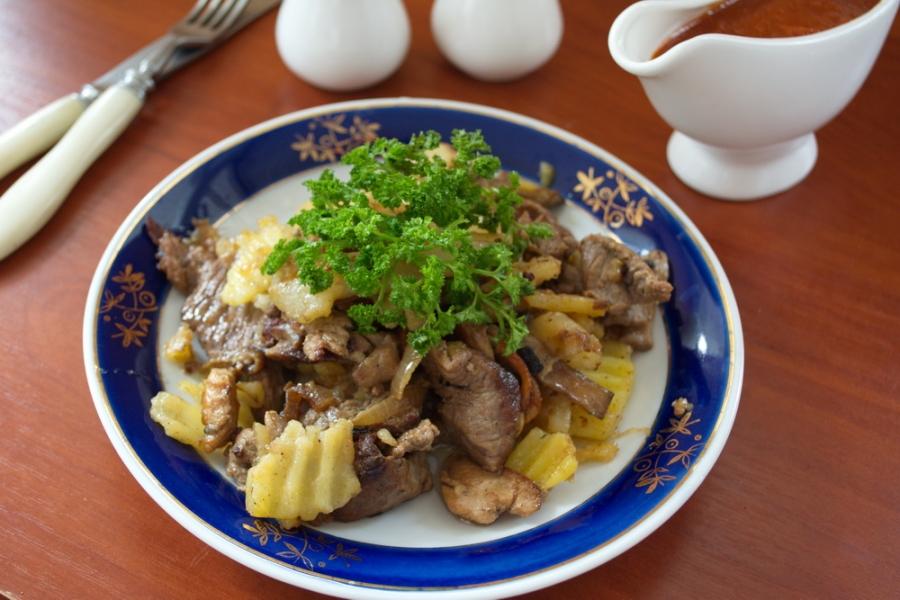 Картофельное рагу с мясом - фото шаг 11