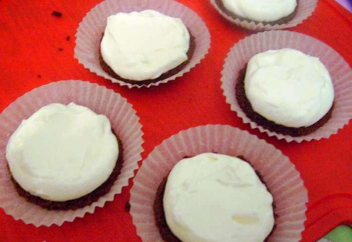 Черно-белые пирожные - фото шаг 8