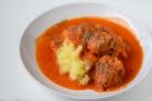 Говяжьи фрикадельки в томатном соусе