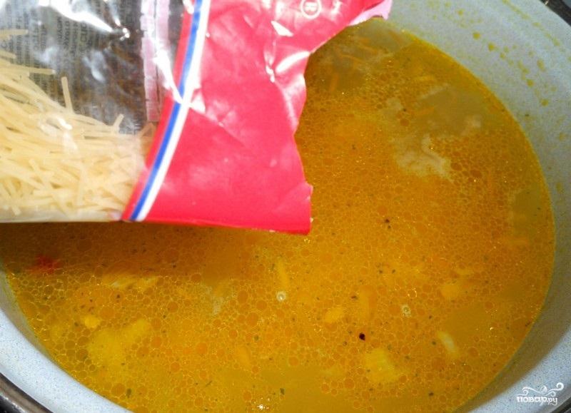 Вермишелевый суп с фрикадельками - фото шаг 4