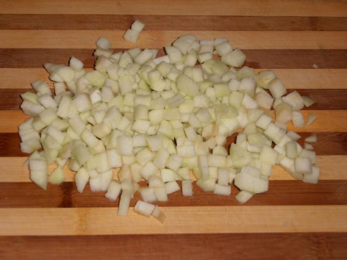Рулет из слоеного теста с яблоками - фото шаг 1