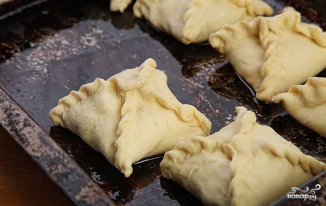 Слоеные пирожки с овощной начинкой - фото шаг 3