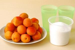 Рецепт Варенье из абрикосов с косточками