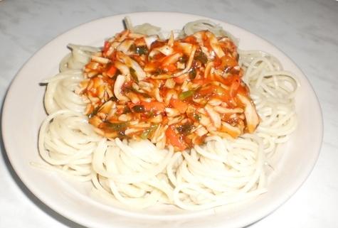 Спагетти с крабовыми палочками - фото шаг 11