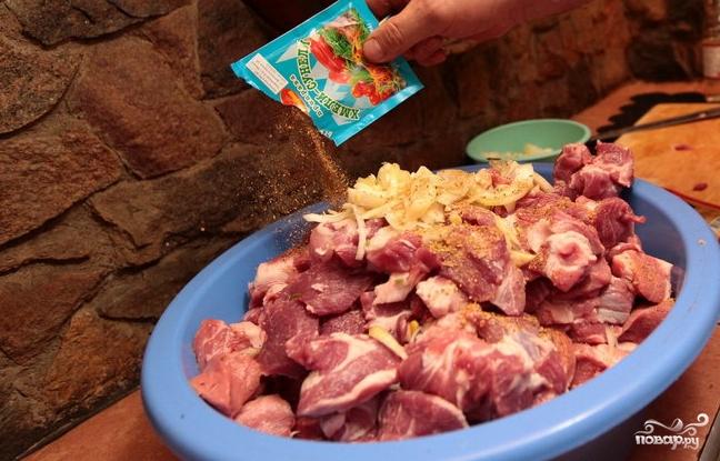 Грузинский шашлык из свинины - фото шаг 2