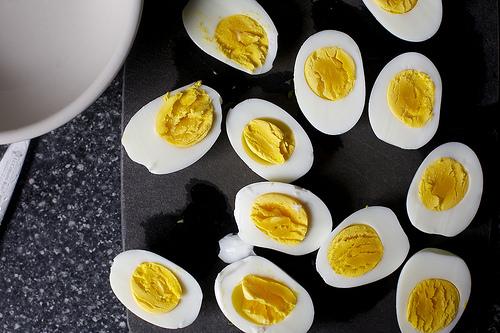 Яйца фаршированные спаржей - фото шаг 4