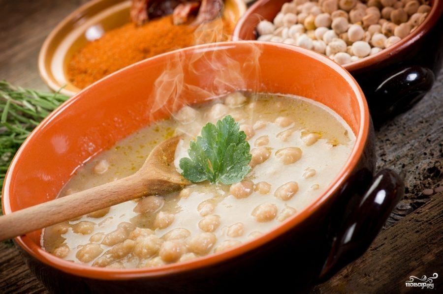 Суп фасолевый со свининой