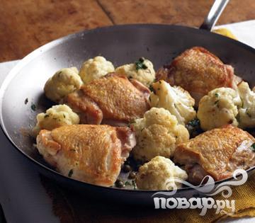 Рецепт Курица с цветной капустой и петрушкой