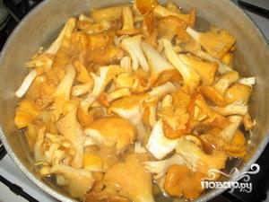 Суп из замороженных лисичек - фото шаг 3