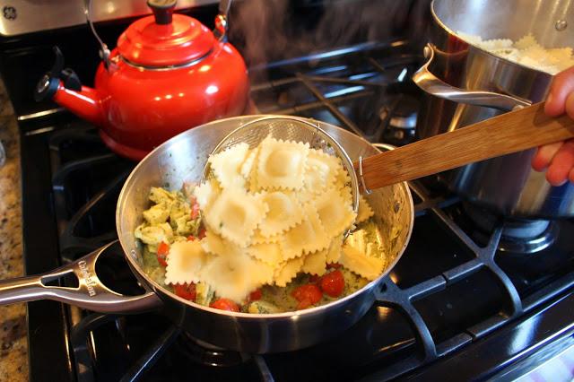 Равиоли в томатном соусе - фото шаг 4