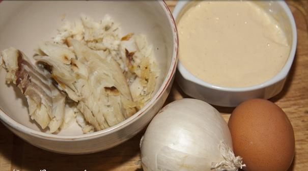 Рецепт Салат с копченой треской