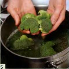 Зеленый суп с яичным суфле - фото шаг 5