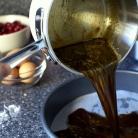 Рецепт Перевернутый пирог с клюквой и карамелью