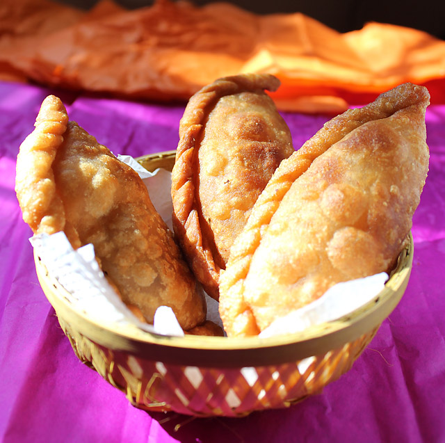 Пирожки, жареные в масле - фото шаг 14