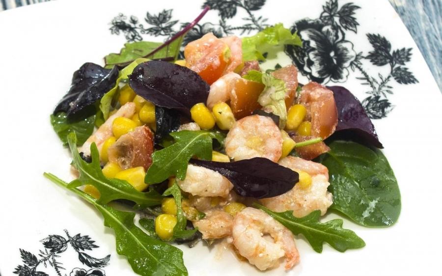 Салат Цезарь с морепродуктами  пошаговый рецепт с фото