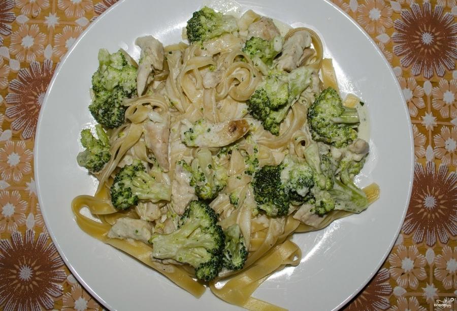 Что приготовить из брокколи и курицы