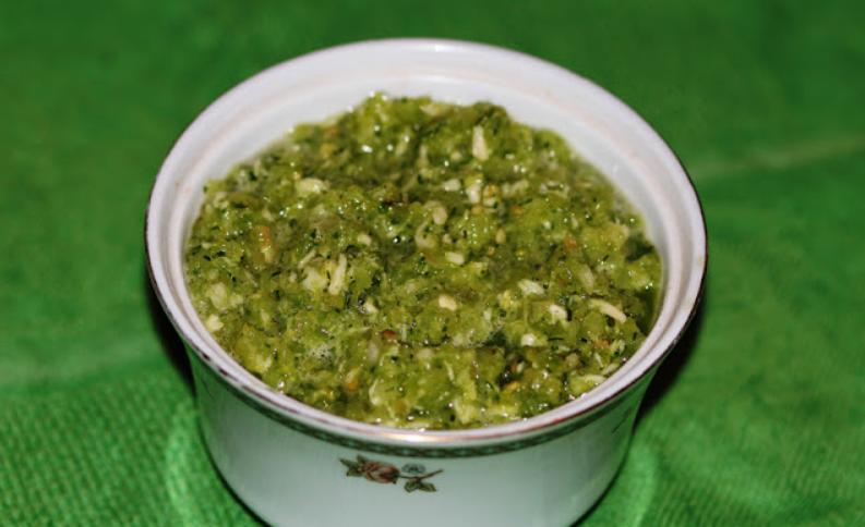 Аджика из зеленых помидоров на зиму - фото шаг 5