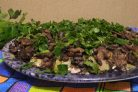 Слоеный салат Лемберг с грибами