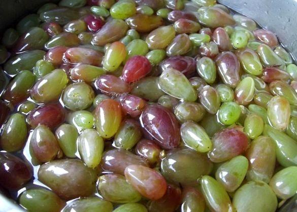 Варенье из винограда с косточками - фото шаг 4