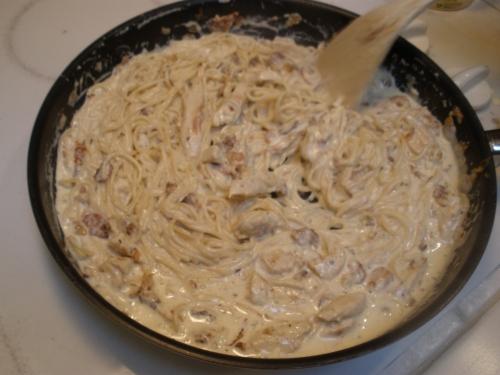 Спагетти с куриной грудкой - фото шаг 9