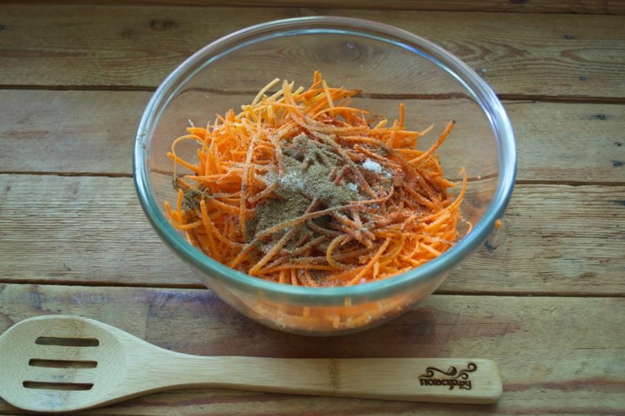 Сыроедческая морковка по-корейски - фото шаг 2