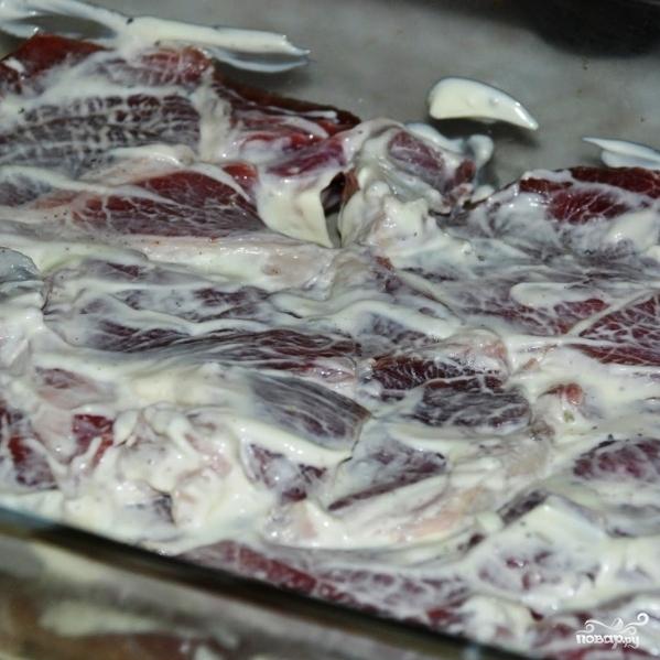 Свинина с грибами под сыром - фото шаг 7
