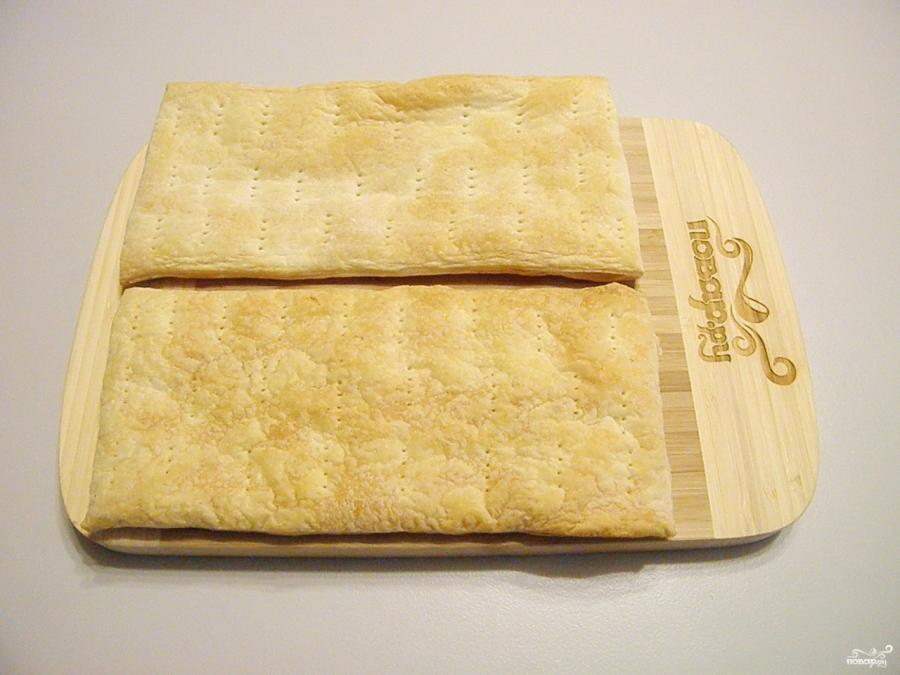 Торт из слоеного теста со сгущенкой - фото шаг 5