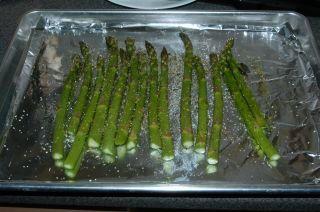 Спаржа, запеченная в духовке - фото шаг 2