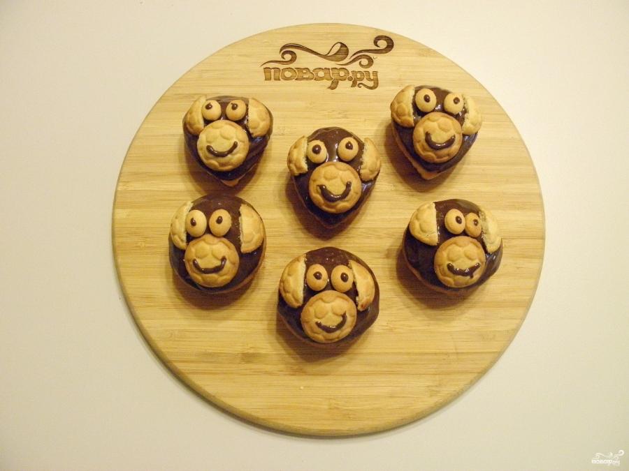 Кексы в виде обезьяны - фото шаг 9