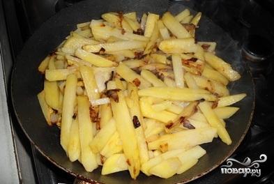 Картофель с маринованными грибами - фото шаг 4