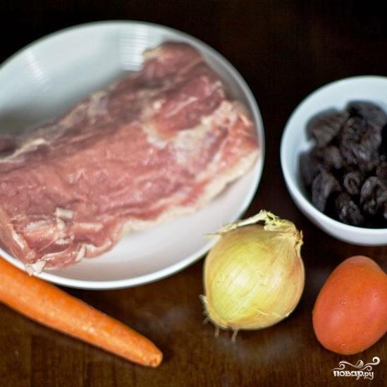 Рецепт Свиной рулет с морковью и черносливом