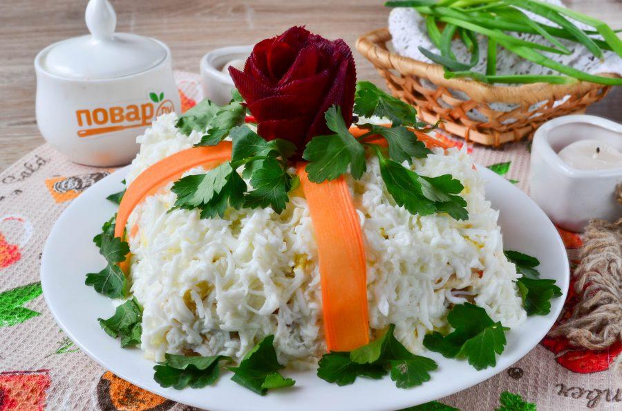 Салат подарок с курицей 2