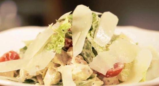 Салат с беконом и курицей - фото шаг 7