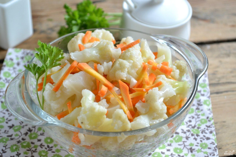 Маринованная цветная капуста с морковью