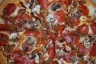 Пицца в домашних условиях с колбасой и грибами
