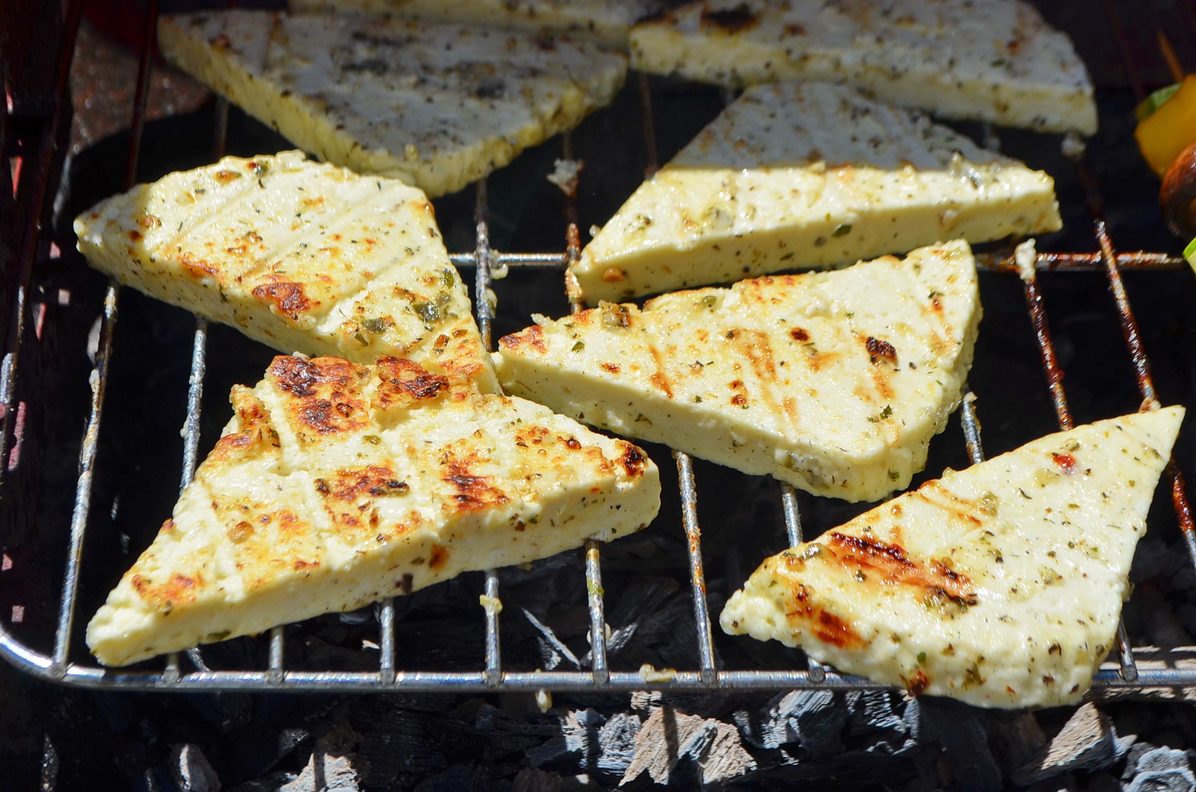 Сыр на мангале, шаг 4: сыр готов!