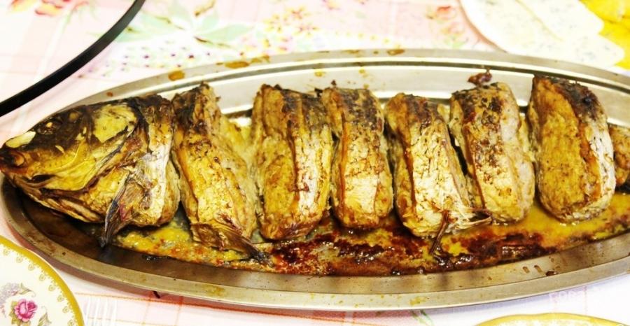 карп с рисом запеченный в духовке с фото