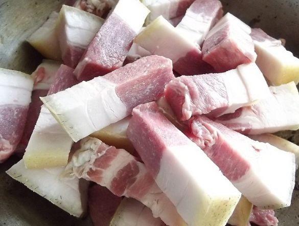 Рецепт Гуляш в горшочке в духовке