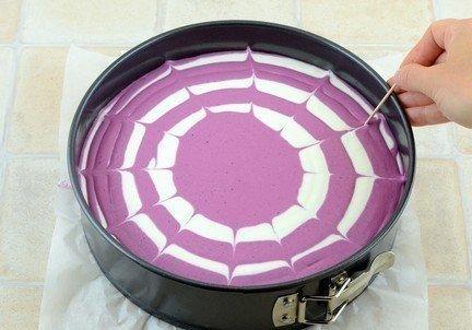 Двухцветный творожный торт (без выпечки) - фото шаг 4