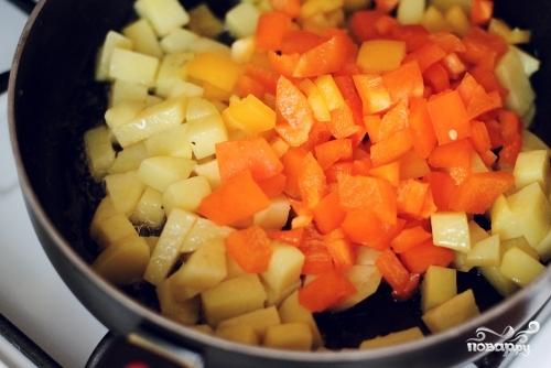 Жаркое из индейки на сковороде - фото шаг 6
