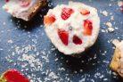Творожный ПП десерт с клубникой