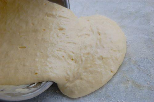 Бисквитный рулет с повидлом - фото шаг 5
