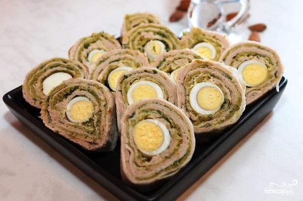 Рецепт Рулет из лаваша с яйцом