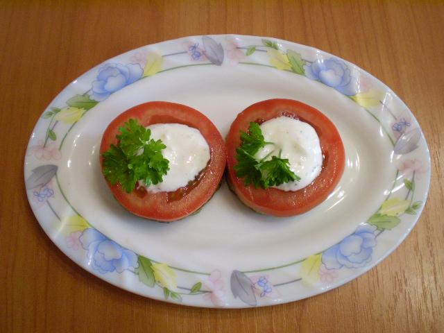 Кабачки, жареные с чесноком и помидорами - фото шаг 11