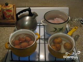 """Рецепт Салат """"Оливье"""" с курицей"""