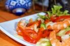 Салат с креветками и болгарским перцем