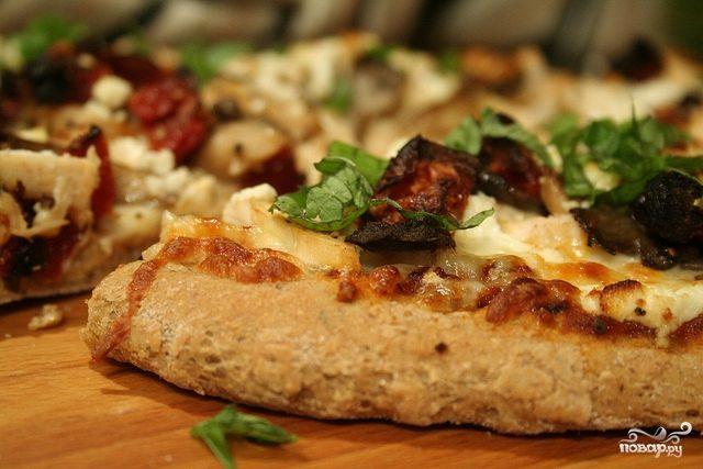 Рецепт Пицца с курицей и шампиньонами