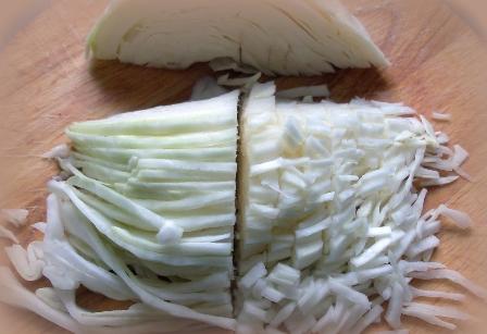 Блинчики, фаршированные капустой - фото шаг 3