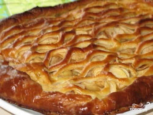 Рецепт Дрожжевой пирог с яблоками